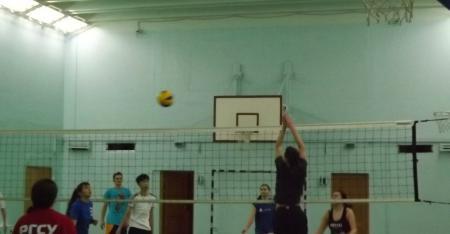 Клуб любителей волейбола - где поиграть в Москве