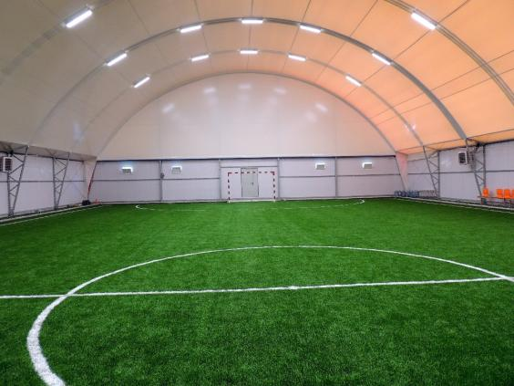 Футбол в манеже на Войковской