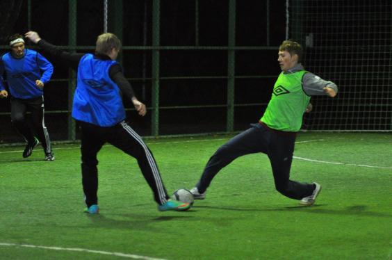 Футбол на м.Бауманская