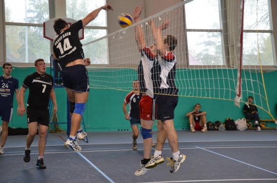 Волейбол на м.Курская