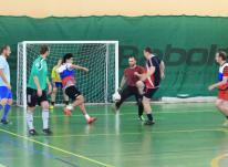 Футзал (мини-футбол) на Щукинской по понедельникам.